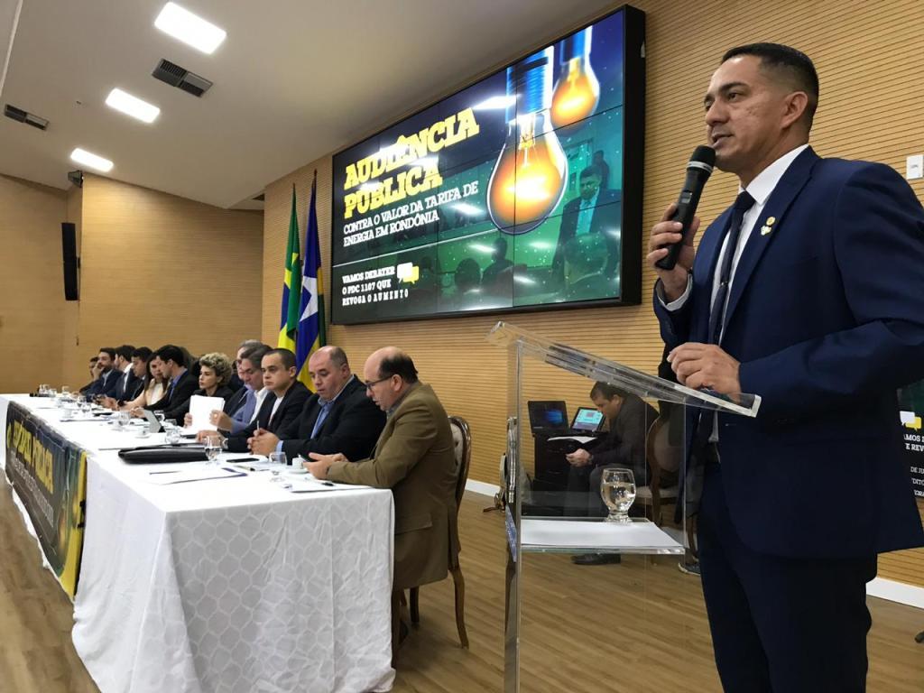 TARIFA DE ENERGIA – Deputado Eyder Brasil participa de audiência pública