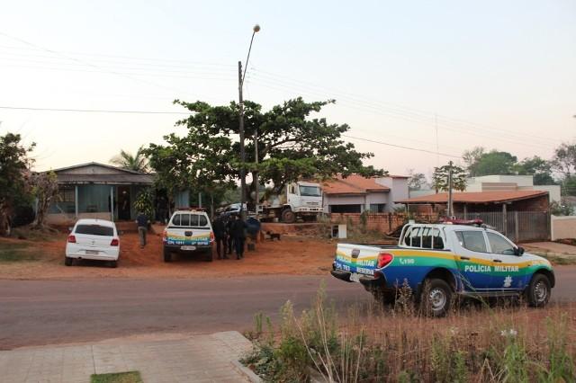 Operação tenta prender suspeitos de incendiar caminhão do Ibama