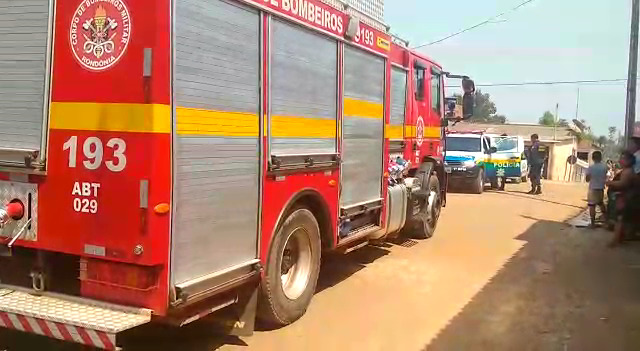 Briga entre casal deixa duas residências incendiadas na zona norte