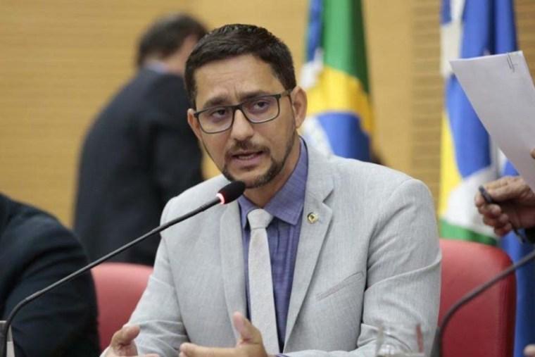 Anderson Pereira apresenta projeto que assegura vagas em concursos públicos para profissionais de segurança no trabalho