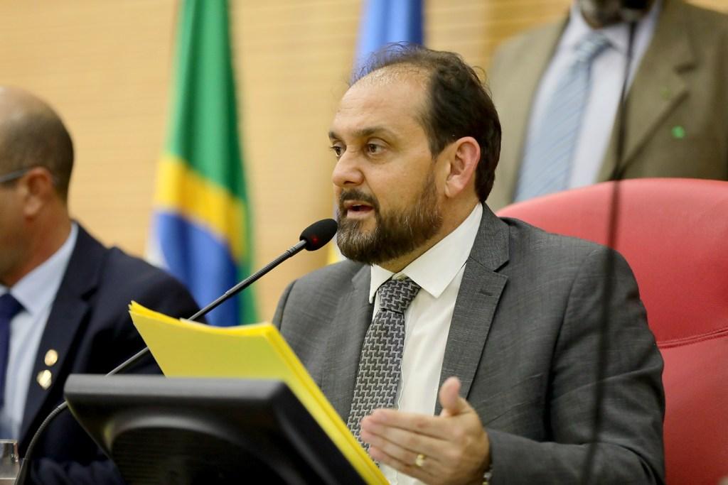 Presidente Laerte Gomes indica criação de policlínica em Ji-Paraná