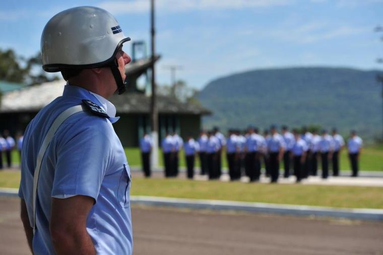 Aeronáutica oferece 89 vagas temporárias com salário de até R$ 1.997