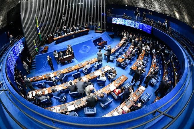 Senado aprova limites de gastos para eleições de 2020