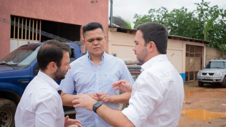 Vereador Isaque Machado anuncia obras de asfaltamento nas ruas do bairro Conceição