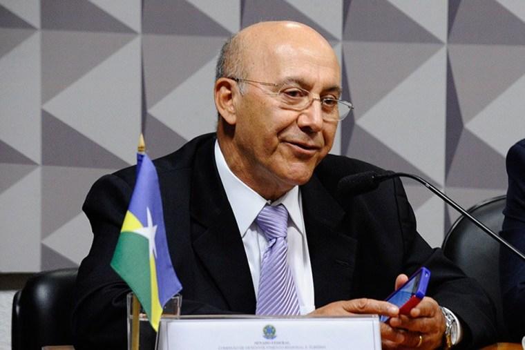 Senador de Rondônia, Confúcio Moura sobre a Operação Lava Jato: ''Terá hora de parar''