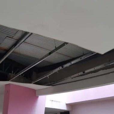 Parte do teto do Centro de Referência da Mulher desaba em Porto Velho