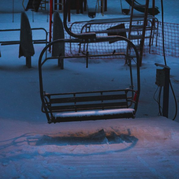 Snow King's Cougar chair waits hungrily for riders in the early dawn light. Photo: Ryan Dee