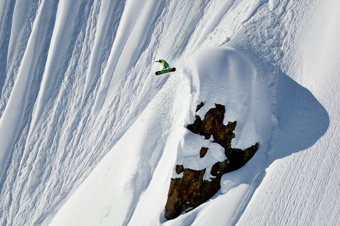 snowboarding. 18-19 JHSM. Adam Dowell, Alaska. Photo by Andrew Miller.