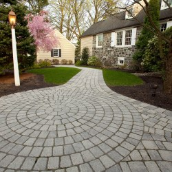 Walkway with pavers