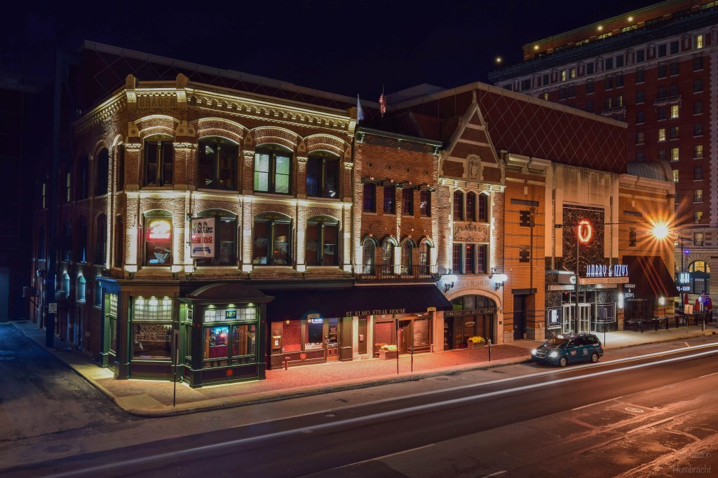 St Elmo's Steakhouse | Indianapolis at night | Indianapolis skyline reflection | Indianapolis skyline | Indianapolis skyline at night | Indianapolis architectural photography | Indianapolis architectural photographer | Indiana architectural photography | Indiana architectural photographer