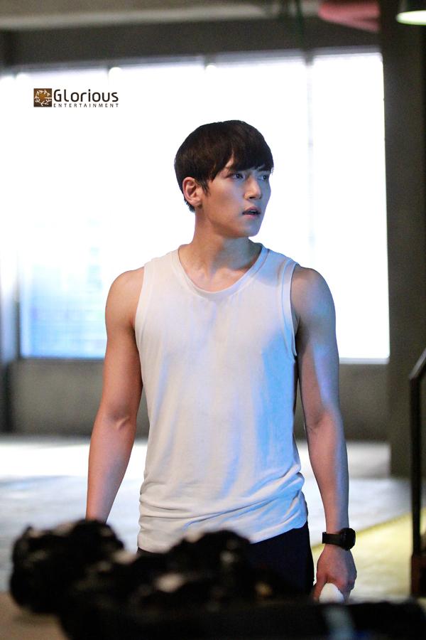 Drama New stills of Ji Chang Wook in Healer  Ji Chang