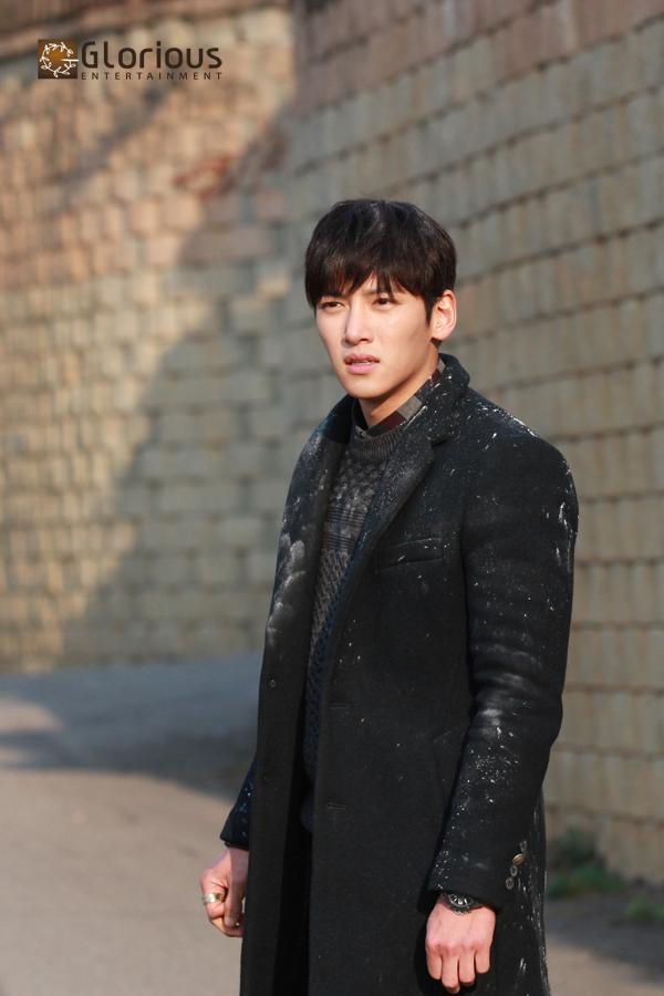 Drama New stills of Ji Chang Wook in Healer Part 2