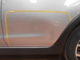 スバルXV ドアヘコミの板金塗装