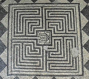Ouzouer-Sur-Trézee Labyrinth at Pont Chevron by photographer Jill K H Geoffrion