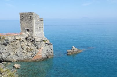 Sicily coast Patti to Cefalu (2)