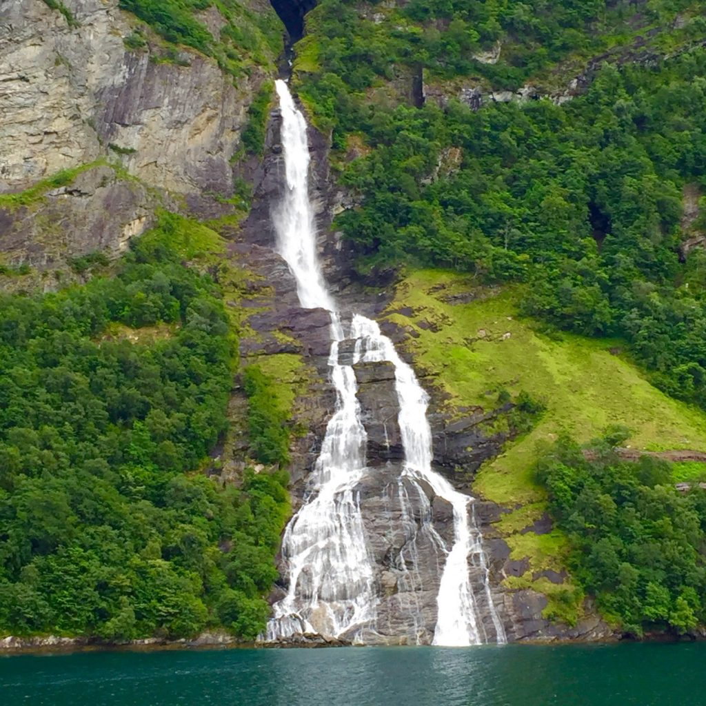 geiranger-norway-royal-caribbean-cruise-7