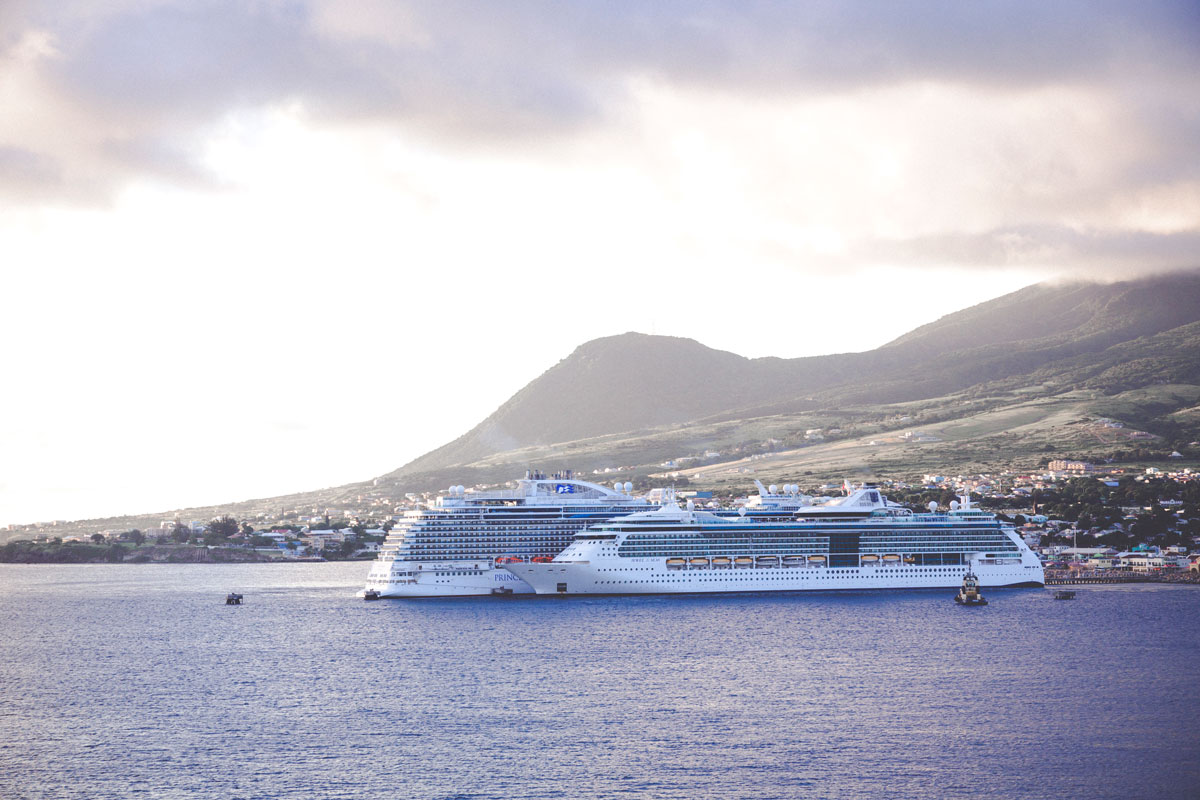 Die Serenade of the Seas in St. Kitts