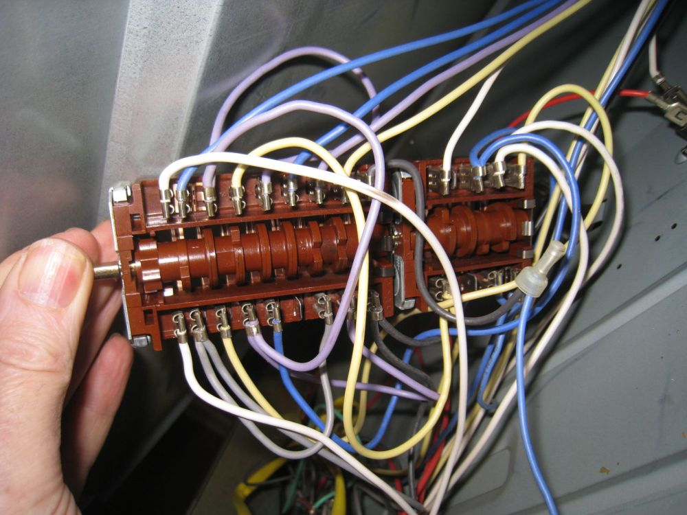 medium resolution of picture of my hotpoint bd52 large oven selector switch with its wiring