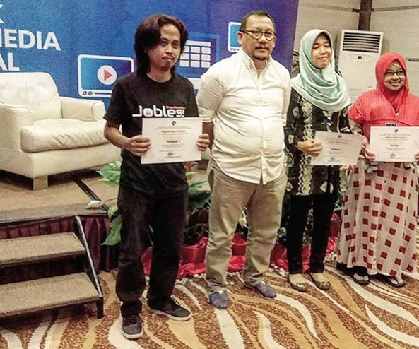 Juara Flash Blogging Banjarmasin Jimmy Ahyari