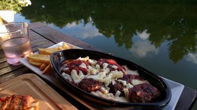 1031 Dinner on the River