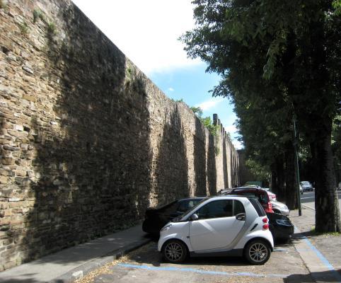 1215 Walled Garden