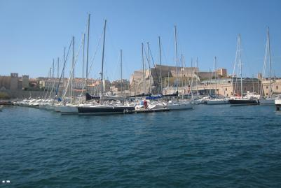 1607 Marseille Port With Castle