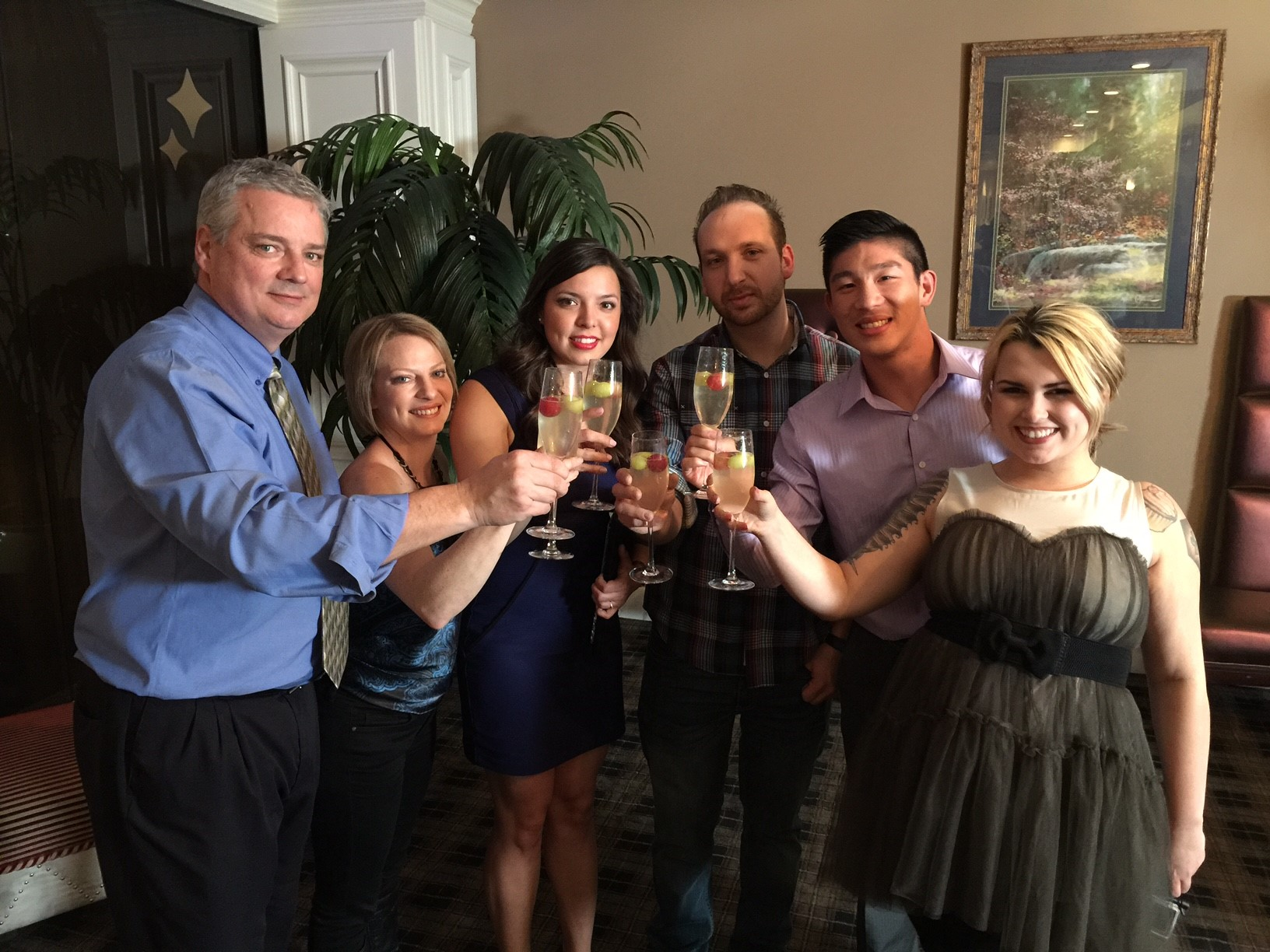 The Expedia.ca Sinternship contest group had a marvellous time in Las Vegas. The winning contestant was Kayla Gregoire of Timmins, Ontario, third from the left in the blue dress.