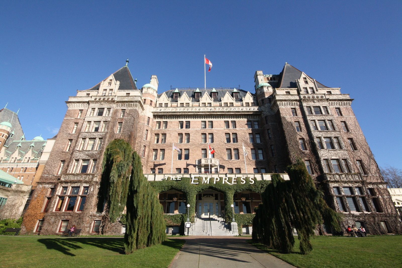 The Canadian flag flies high above the (newly renovated) Fairmont Empress Hotel in Victoria, B.C. JIM BYERS PHOTO