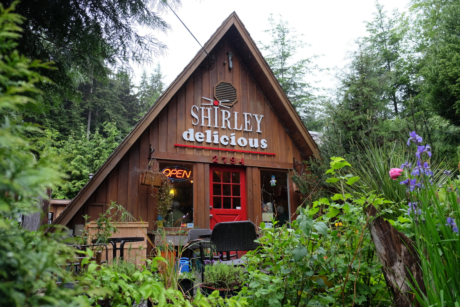 You can't beat the coffee and muffins at Shirley Delicious on Vancouver Island. - JIM BYERS PHOTO