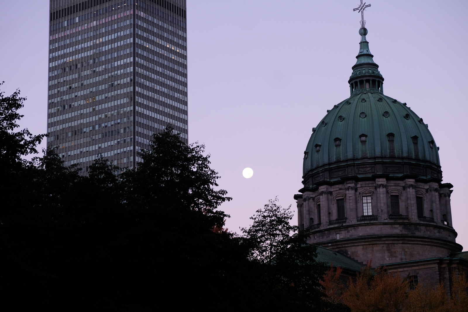 Morning moon over Montreal. - JIM BYERS PHOTO
