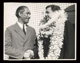Duke welcomes Babe Ruth to Hawaii