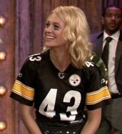 january_jones_jimmy_fallon_02