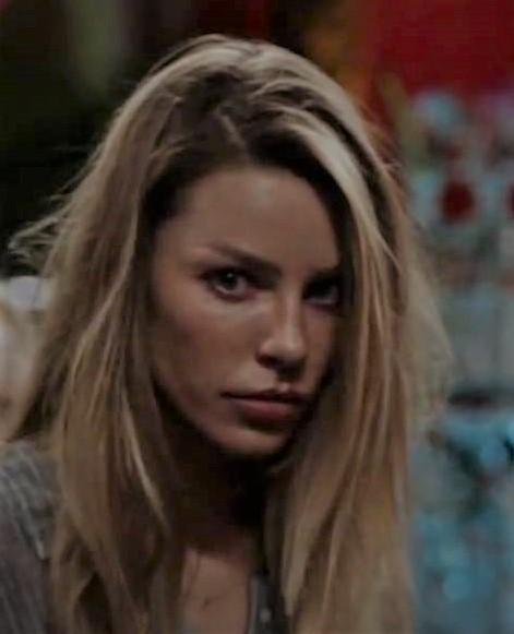 Are You Ready For A Lucifer Chloe Wedding Tom Ellis Lauren German Reveal Season 5 Details Jim Heath Tv
