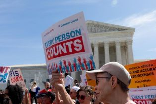 DECISION: Supreme Court Backs Trump – Lets Him STOP Census Count Early