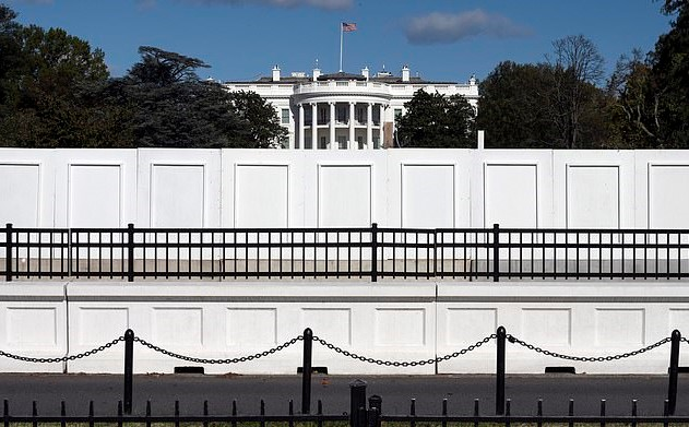 Trump Barricades The White House – Plans To Stay Home For Election Night