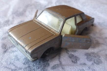 Ford Cortina Mk 11 (#25)