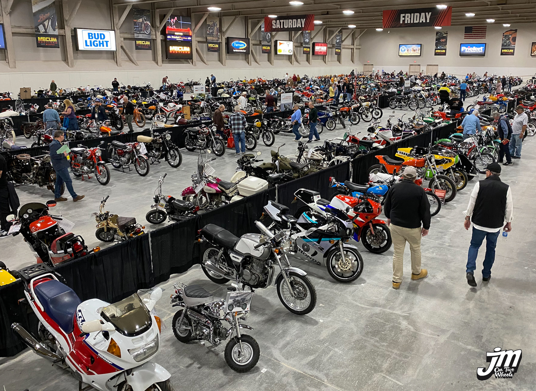 Hitting The Jackpot Or Going Bust At Mecum S 2020 Las Vegas Motorcycle Auction Jimmy Mac On Two Wheels