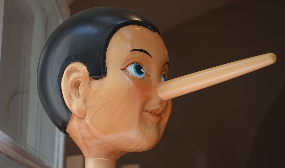 marketing lies, liars