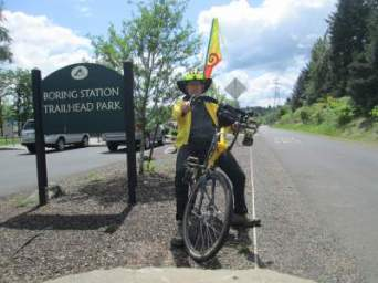 Jim-Schmid-Bacchetta-Giro-recumbent-eastern-end-of-Springwater-Corridor-Rail-Trail-Portland-OR-4-25-2016