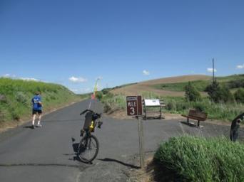 Jim-Schmid's-Bacchetta-Giro-recumbent-Milepost-3-on-Chipman-Trail-Moscow-ID-to-Pullman-WA-5-8-2016