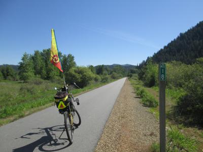 Jim-Schmid's-Bacchetta-Giro-recumbent-at-Milepost-18-Trail-of-the-Coeur-d'Alenes-ID-5-12-2016
