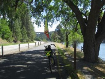 Jim-Schmid's-Bacchetta-Giro-recumbent-at-Milepost-20-on-Centennial-Trail-Coeur-d'alene-ID-5-11-2016