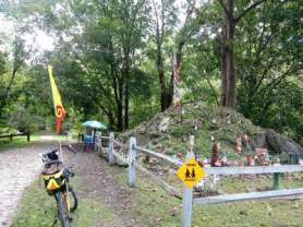 Gnome-Hill-on-Torrey-C-Brown-Rail-Trail-MD-10-4-2016