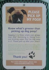 Please_pick_up_your_poop_sign_American_Tobacco_RT_2015_07_05-6