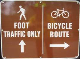 Foot-traffic-only-sign-Boise-River-Greenbelt-ID-5-7-2016