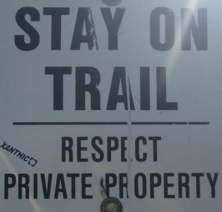 Stay-on-trail-sign-Trail-of-the-Coeur-d'Alenes-ID-5-12-2016
