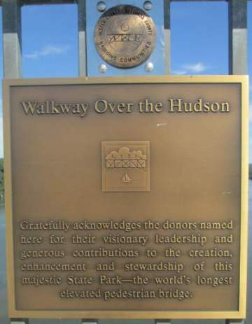 Donors-sign-Walkway-Over-the-Hudson-NY-8-30-2016