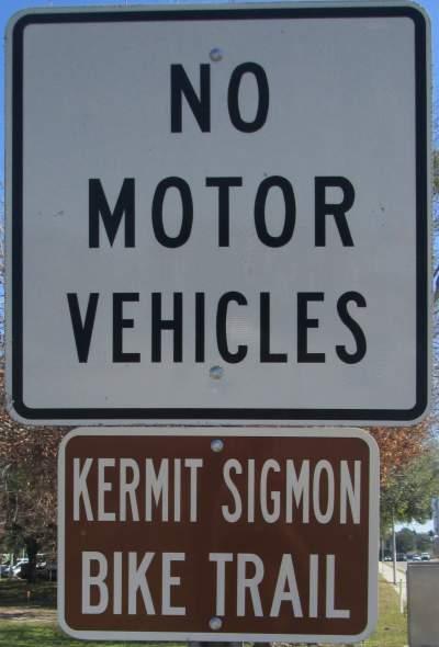 No-motor-vehicles-sign-Kermit-Sigmon-Trail-Gainesville-FL-02-18-2016
