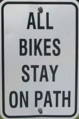 Stay-on-path-sign-Island-Line-Rail-Trail-Burlington-VT-9-1-2016