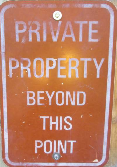 Private-property-sign-Mickelson-Trail-SD-5-28-to-6-1-2016